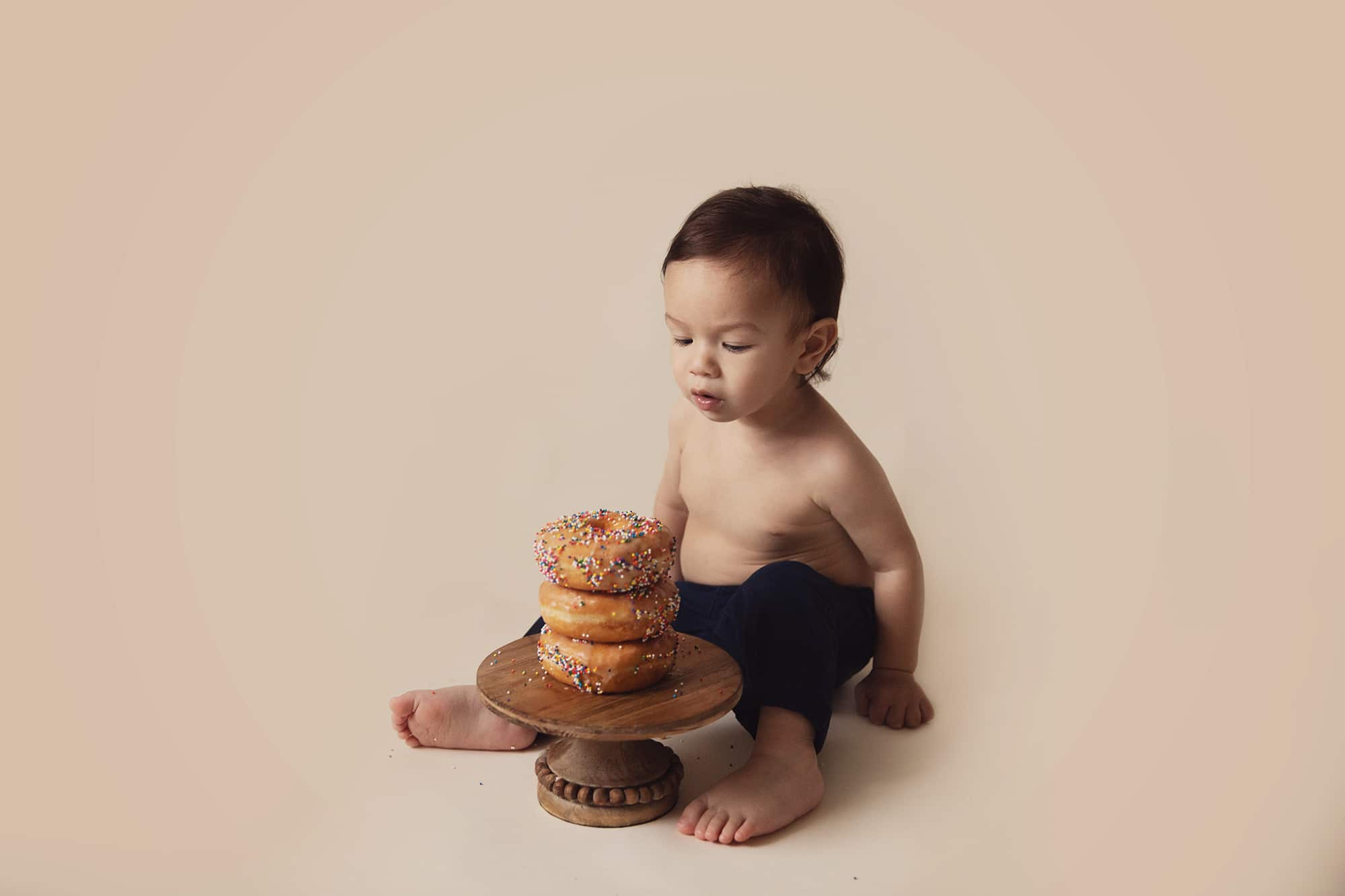 Donut Smash | Baby Photographer in Austin, Texas