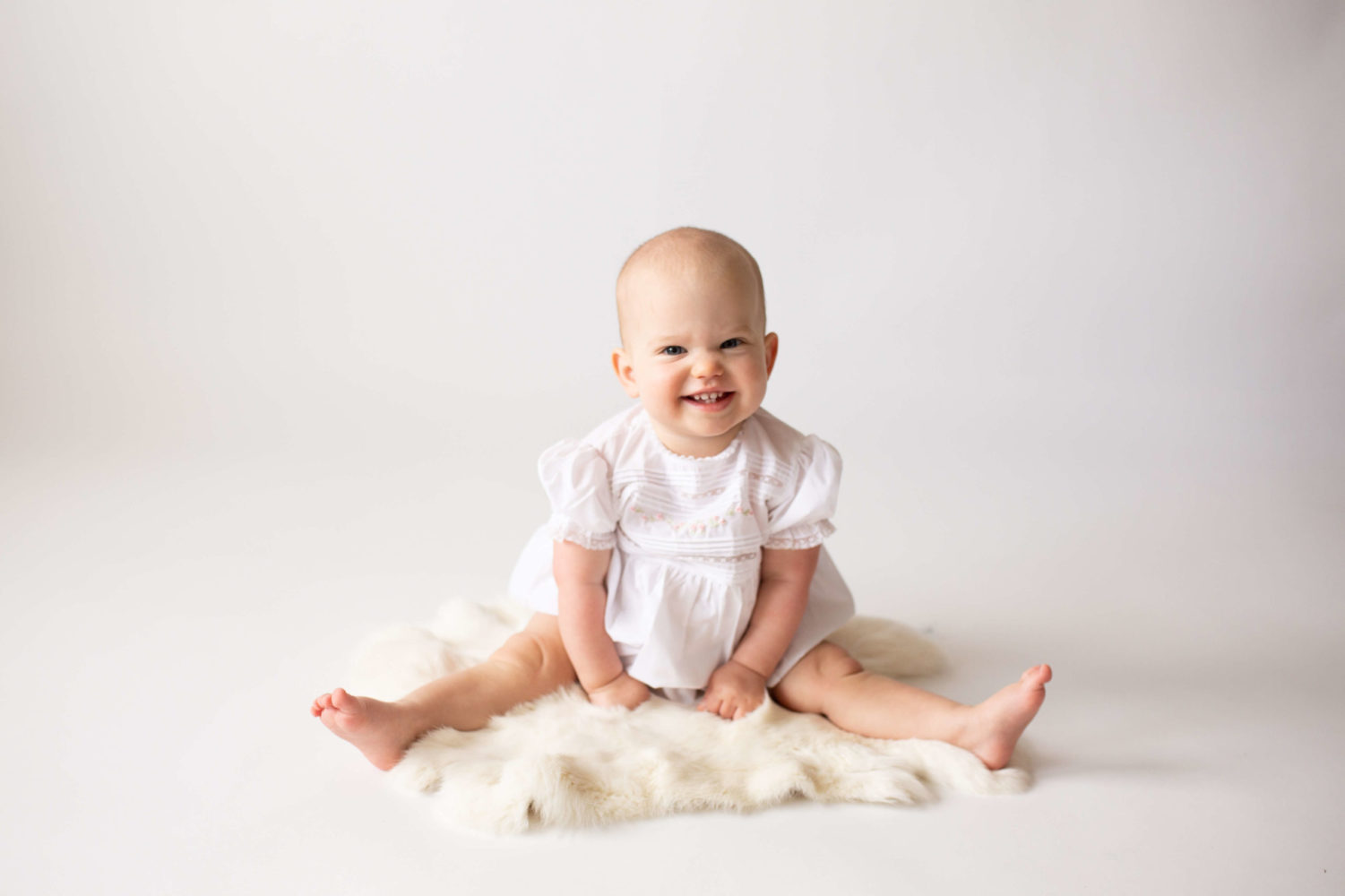 white backdrops for baby milestone photography